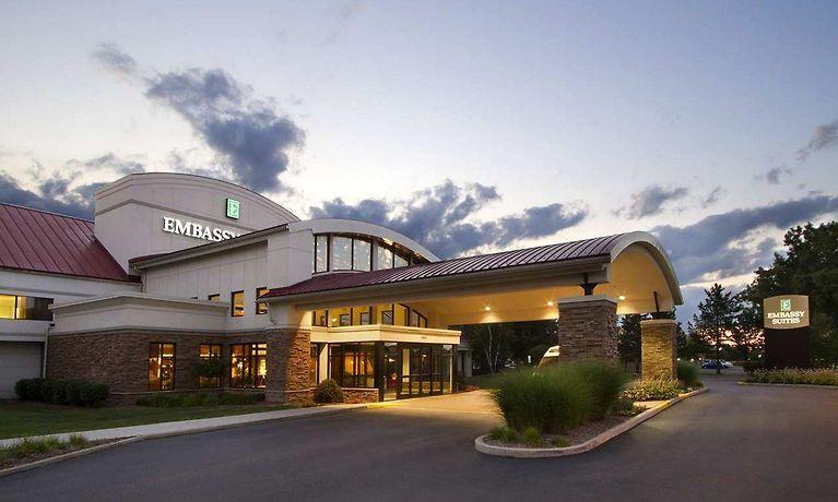 Amerikanischer Kühlschrank Metro : Embassy suites detroit metro airport romulus mi